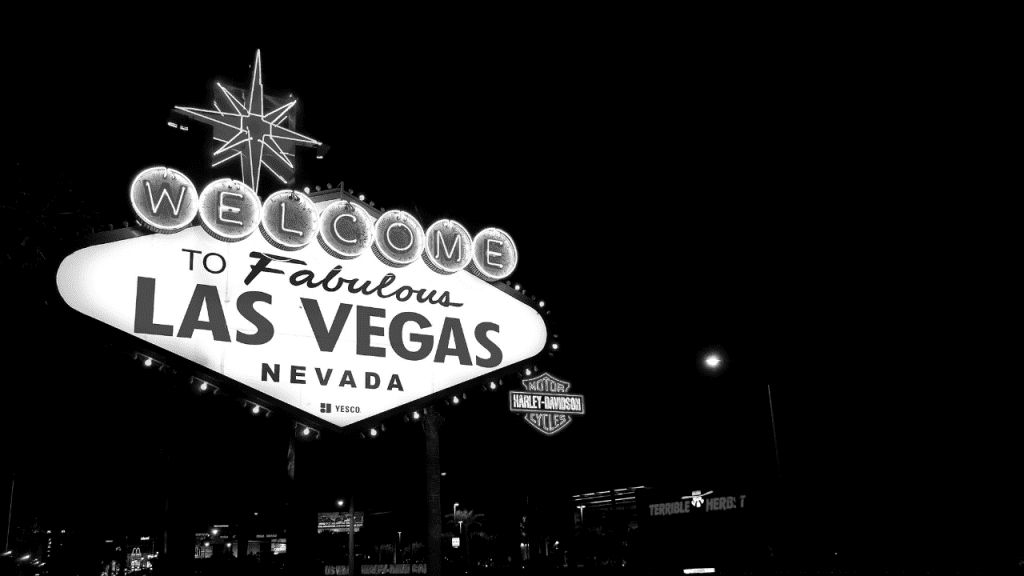 the fabulous las vegas sign