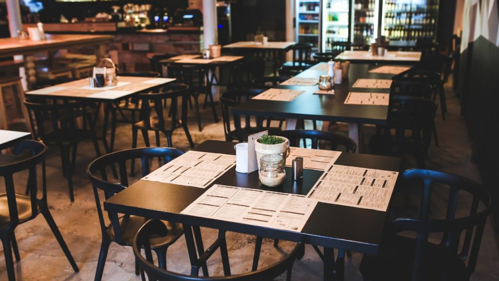 resturant tables